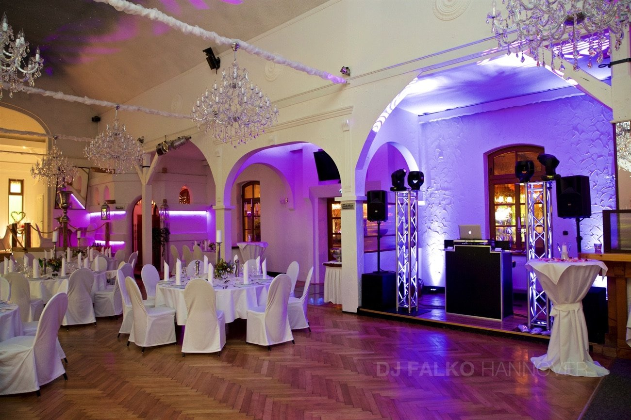 hochzeit feiern im restaurant schulz neustadt dj falko. Black Bedroom Furniture Sets. Home Design Ideas