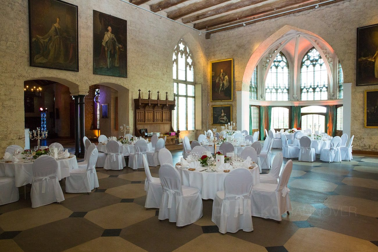 heiraten und hochzeit feiern schloss marienburg dj falko. Black Bedroom Furniture Sets. Home Design Ideas